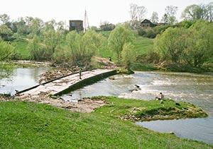 низкий мост в Маркино